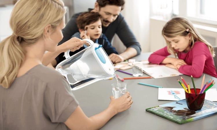 ブリタを使う家族の写真
