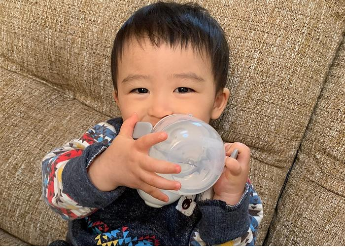 赤ちゃんと白湯