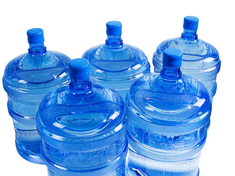 ウォーターサーバーのボトルの画像