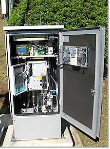 自動水質計器の写真