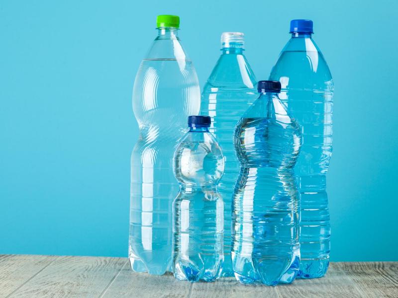 数種類の水の画像