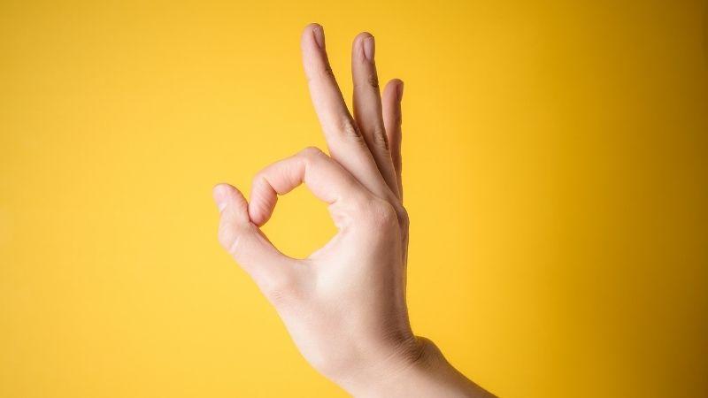 OKポーズの画像